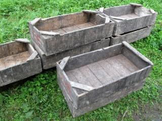 GRAPE CRATES