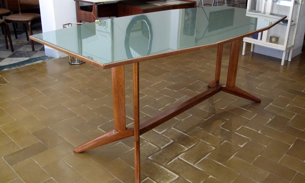 DINING TABLE 1960S