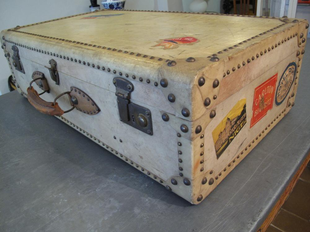 valigia rigida anni 40