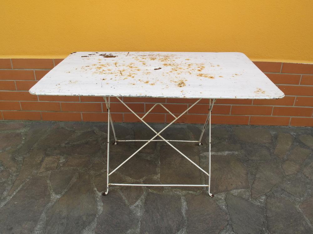 tavolo pieghevole in ferro