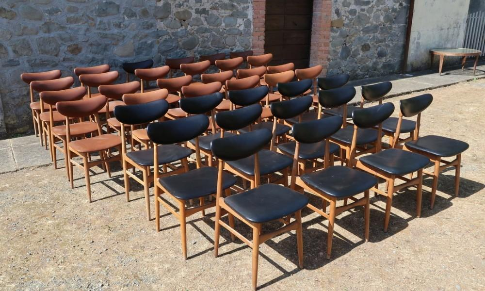 LOT OF 38 CHAIRS